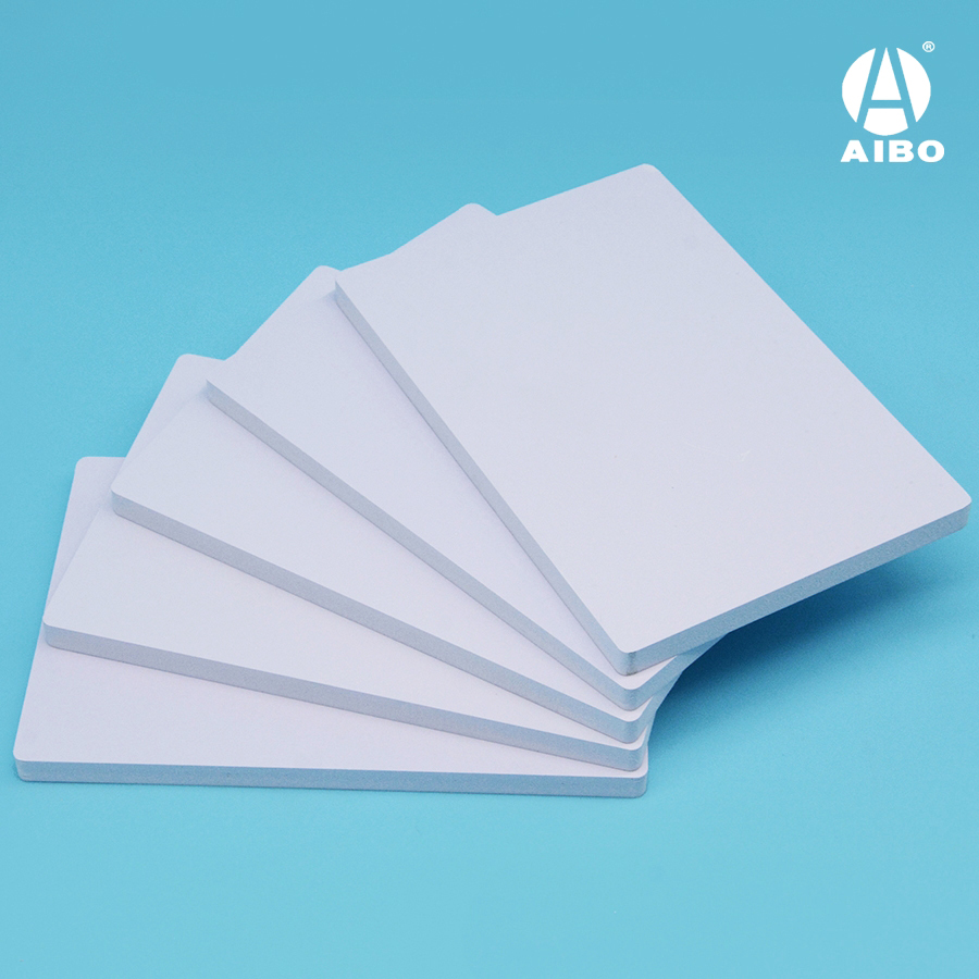 White 5mm PVC foam co-extruded glossy plastic sheet
