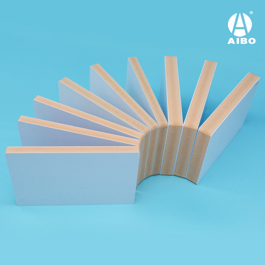 WPC Co-extruded Foam Sheet / 4mm  0.75 density